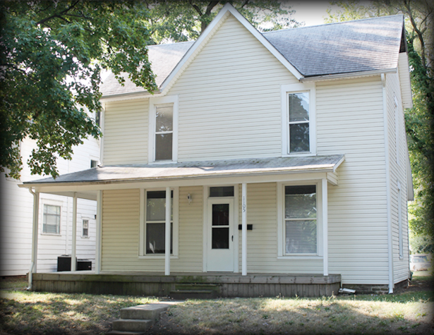 1105 W North - Front
